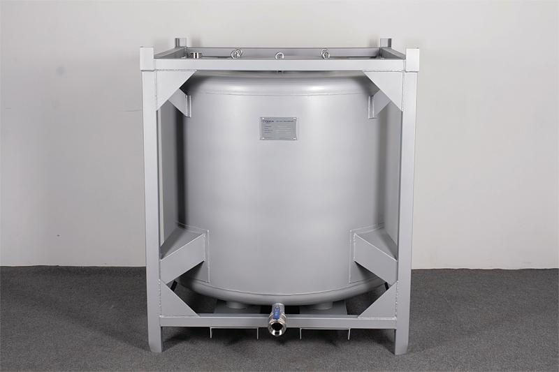 Емкости для хранения сырья и полуфабрикатов РВС-1000
